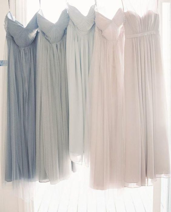mismatched bridesmaids dresses http://itgirlweddings.com/wedding-planning-timeline/