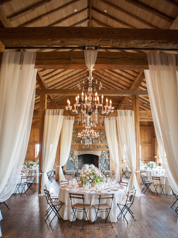 rustic country wedding reception http://itgirlweddings.com/romantic-mountain-wedding/