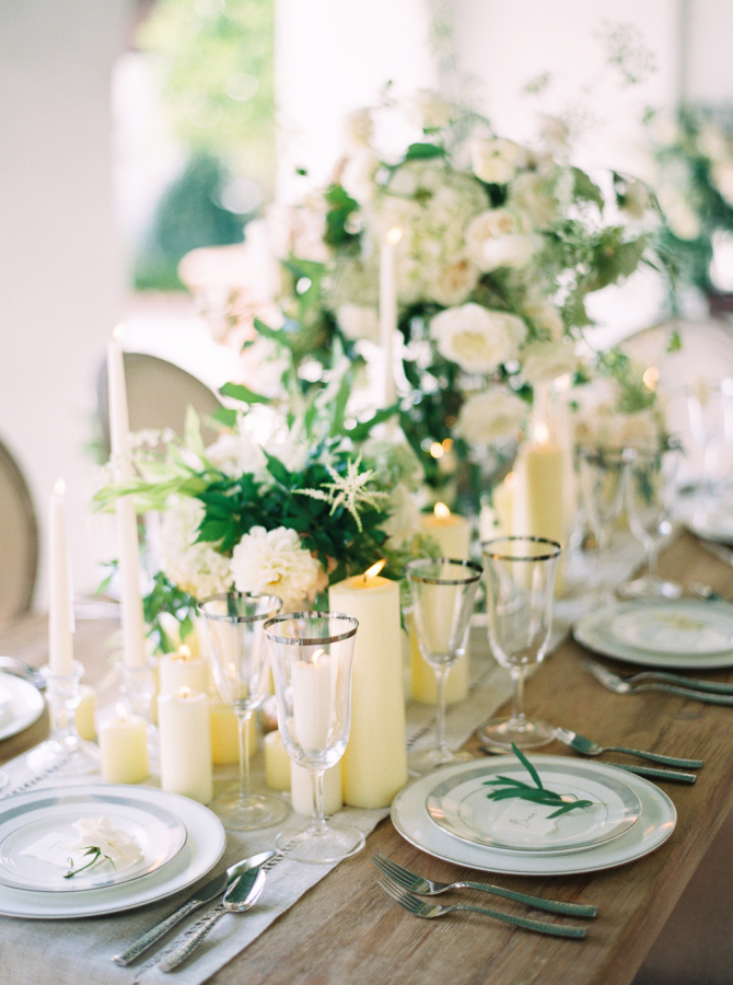 ivory green wedding reception http://itgirlweddings.com/timeless-traditional-style/