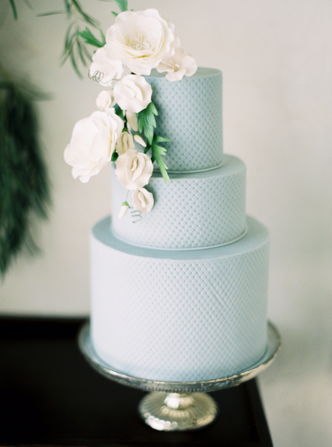 light blue wedding cake with white flowers http://itgirlweddings.com/timeless-traditional-style/