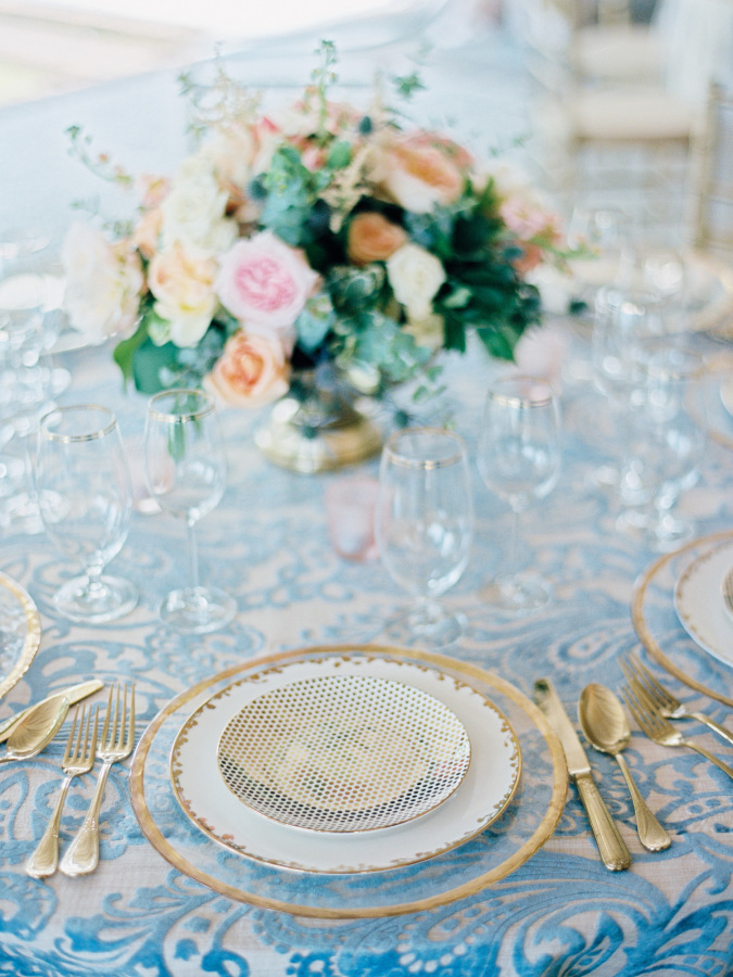 blue paisley wedding linens http://itgirlweddings.com/southern-wedding-with-a-surprise-grand-exit/