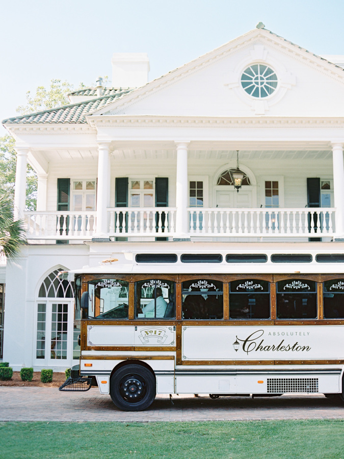 charleston weddings http://itgirlweddings.com/southern-wedding-with-a-surprise-grand-exit/