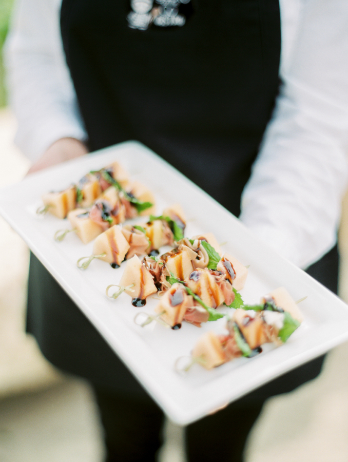 yummy wedding appetizers http://itgirlweddings.com/pretty-vineyard-wedding/