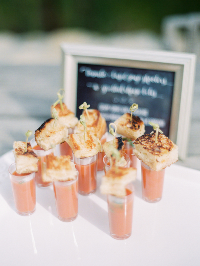 tomato shooter with grilled cheese appetizer http://itgirlweddings.com/pretty-vineyard-wedding/