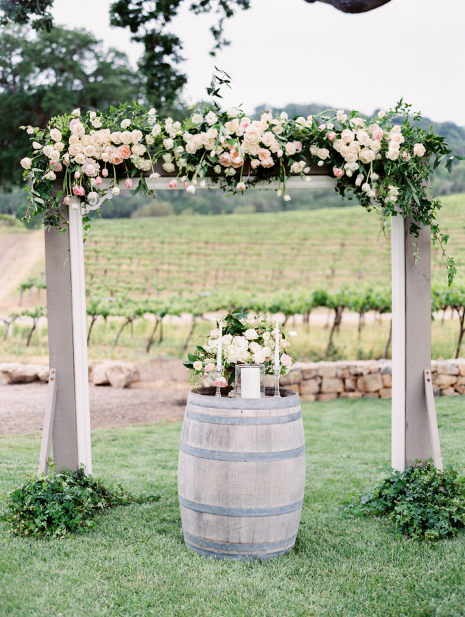 pink vineyard wedding ceremony decor http://itgirlweddings.com/pretty-vineyard-wedding/