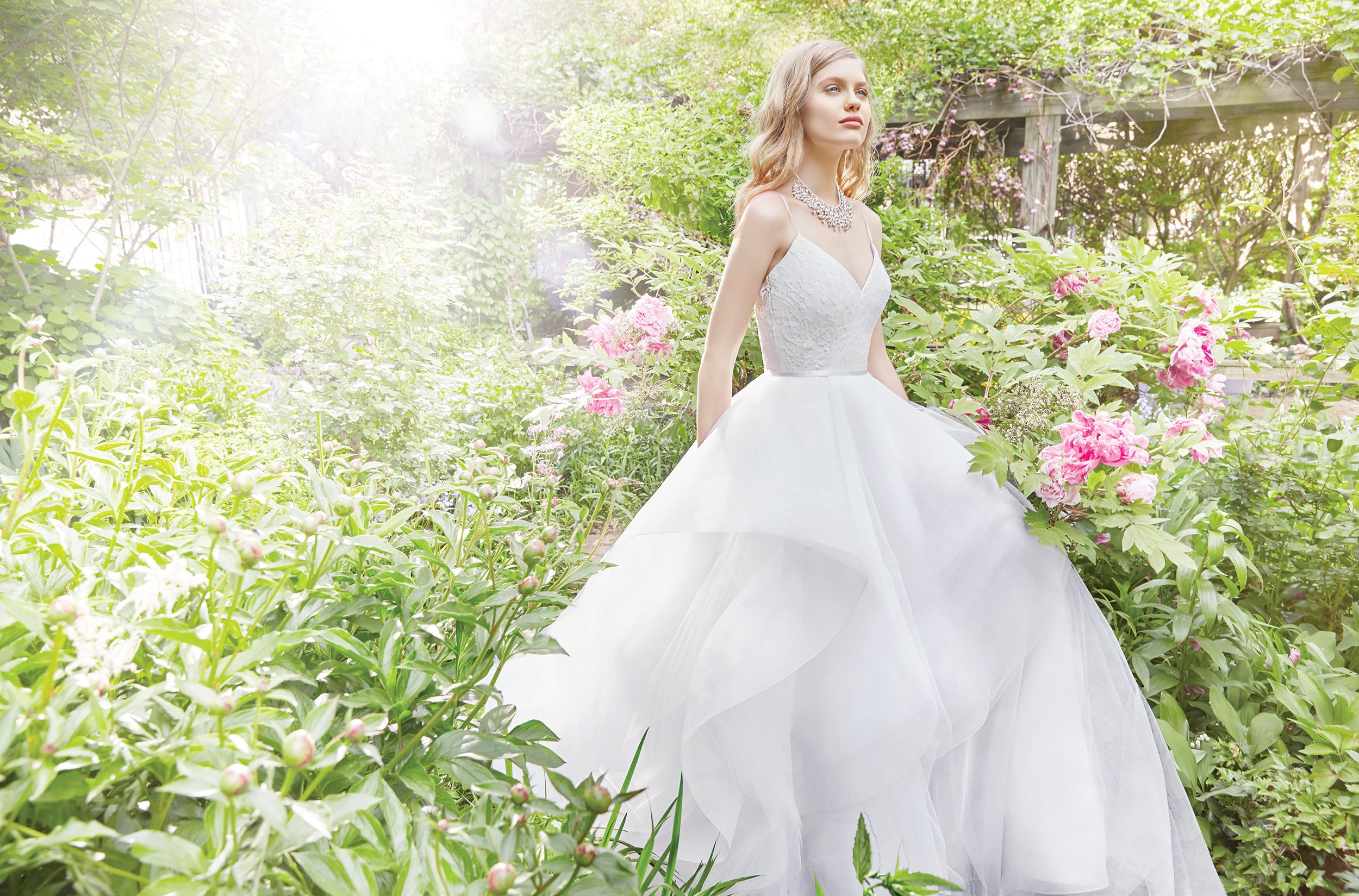 alvina-valenta-bridal-fall-2016-style-9659_2, alvina valenta http://itgirlweddings.com/fall-2016-alvina-valenta-wedding-collection/