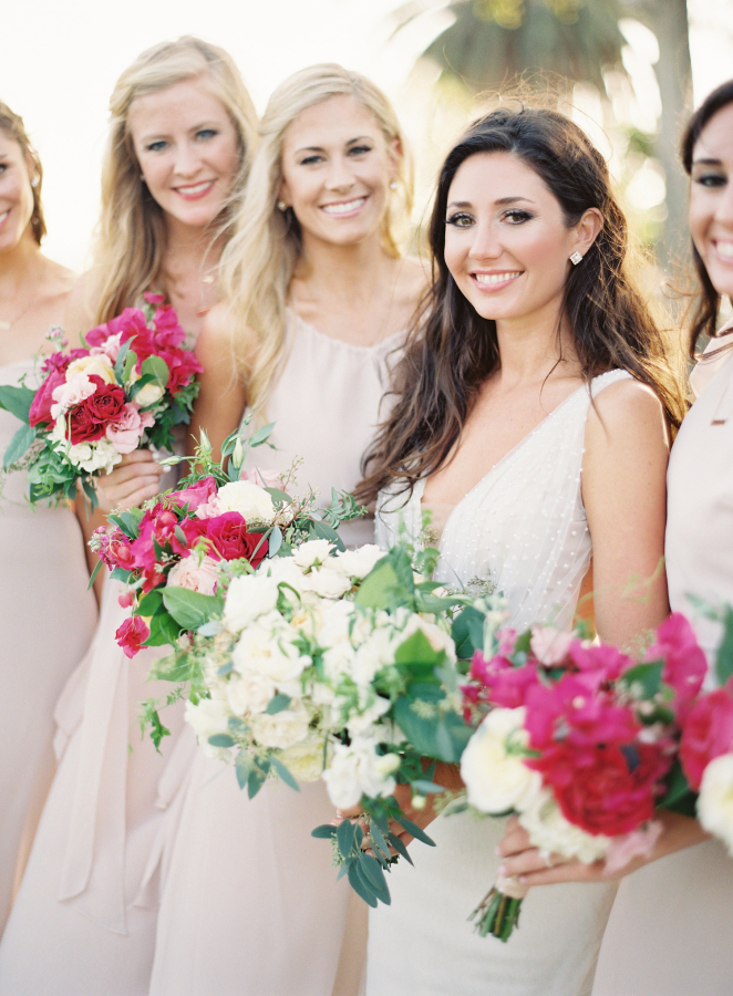 pink bridesmaids bouquets http://itgirlweddings.com/best-day-ever/