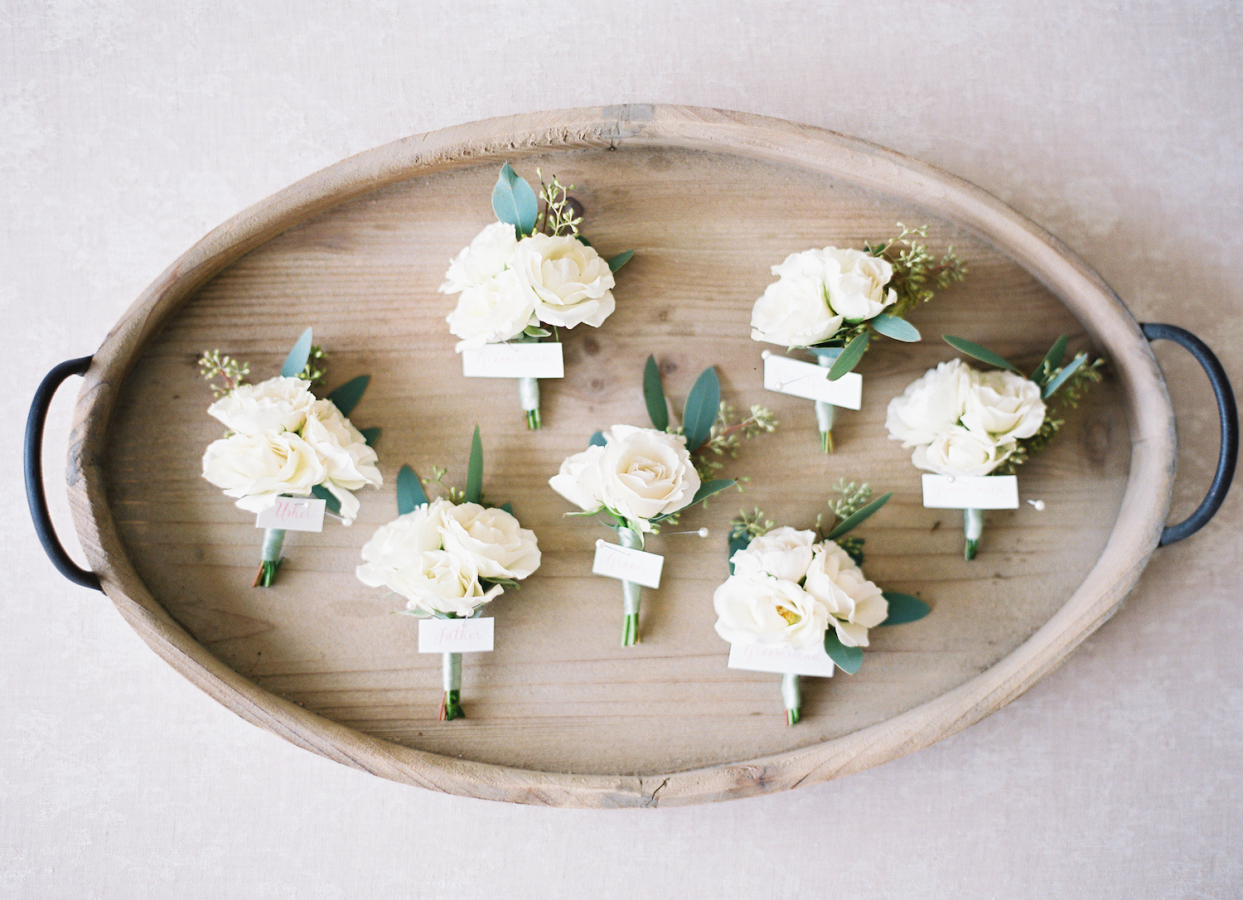 white rose boutineers http://itgirlweddings.com/best-day-ever/