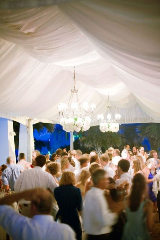 wedding dance floor http://itgirlweddings.com/sample-wedding-band-timeline/