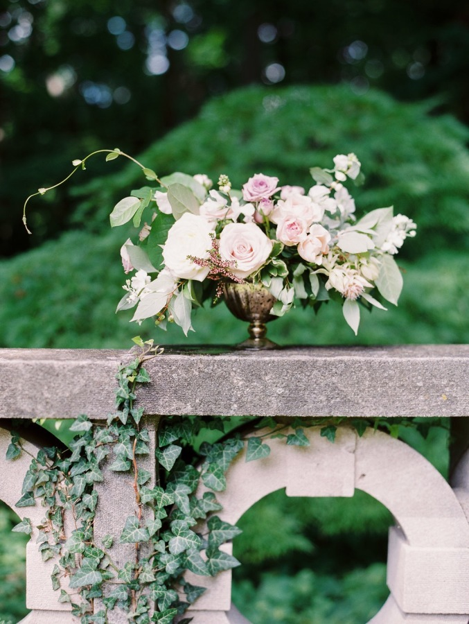 pink and lavender bridal showers http://itgirlweddings.com/garden-bridal-shower/