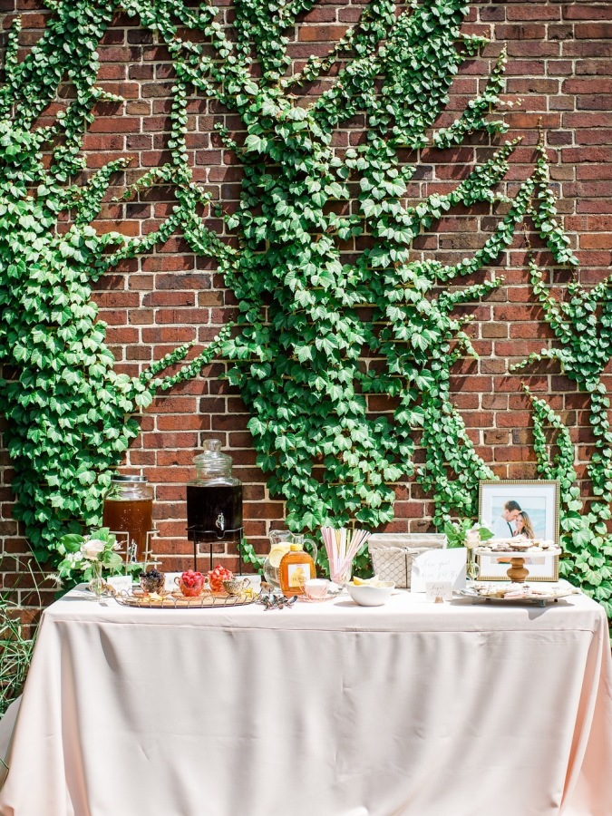 bridal shower table setup http://itgirlweddings.com/garden-bridal-shower/