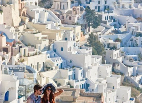 5 WAYS TO STEP UP THE ROMANCE ON YOUR HONEYMOON