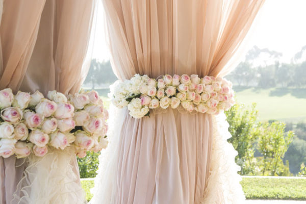 FINDING WEDDING DECOR ONLINE