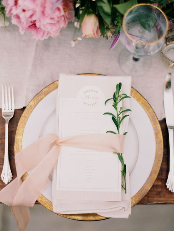 wedding place setting with ribbon