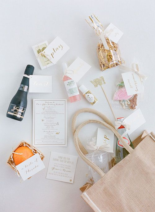 What to put in wedding welcome bag it girl weddings wedding welcome bag junglespirit Image collections
