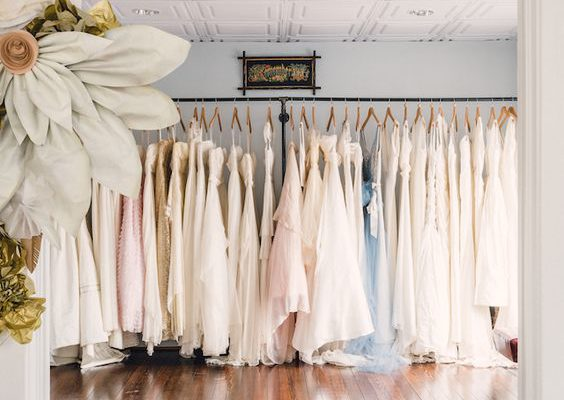 GUIDE TO WEDDING DRESS SHOPPING
