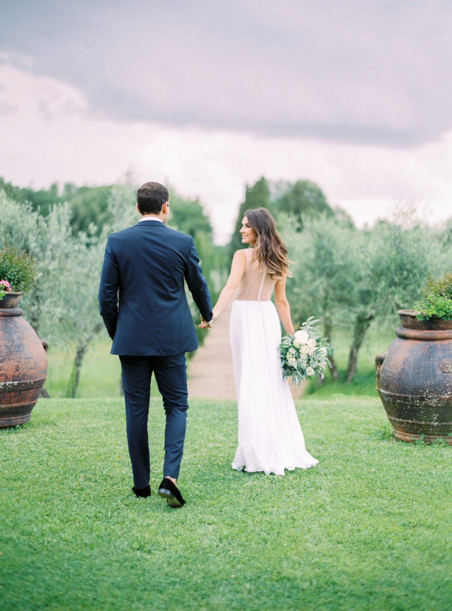 Bride and groom in tuscany wedding venue