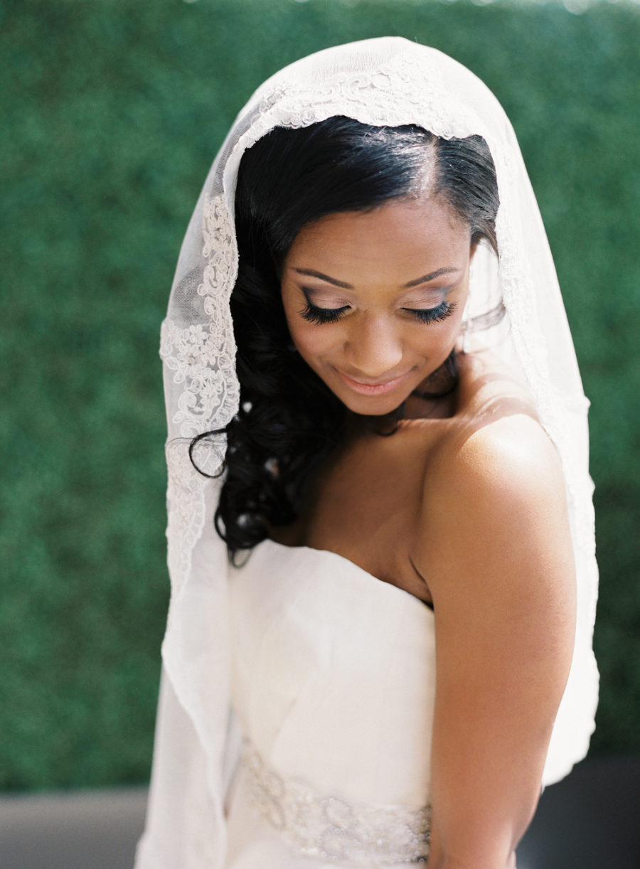 lacy bridal head veil