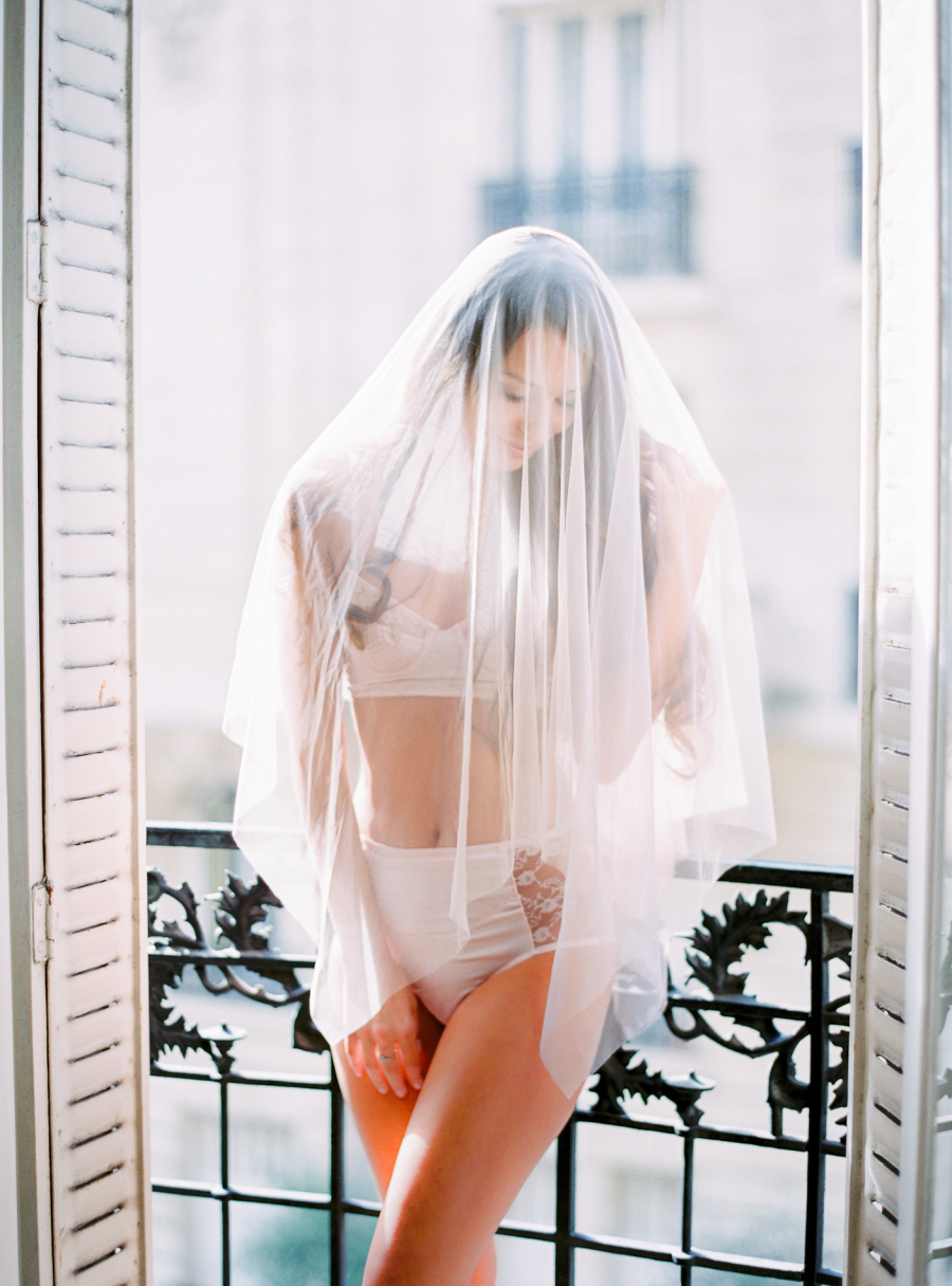 wedding veil boudoir balcony pose