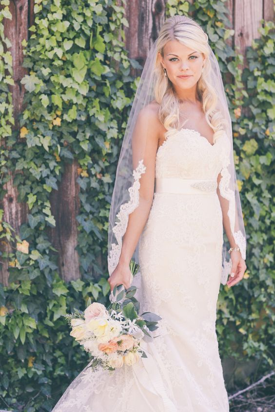 tulle and lace bridal veil