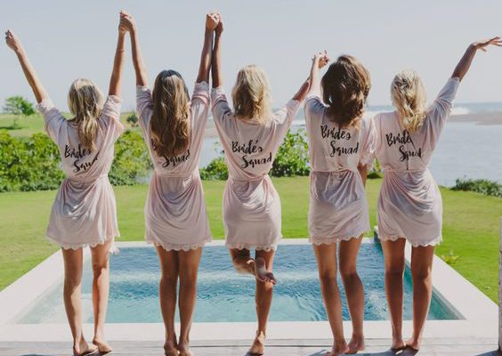 7 TIPS FOR A PICTURE PERFECT GETTING READY SESSION WITH YOUR BESTIES