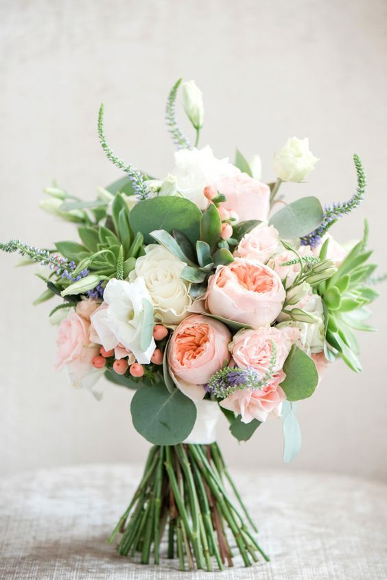 tradition behind the bridal bouquet