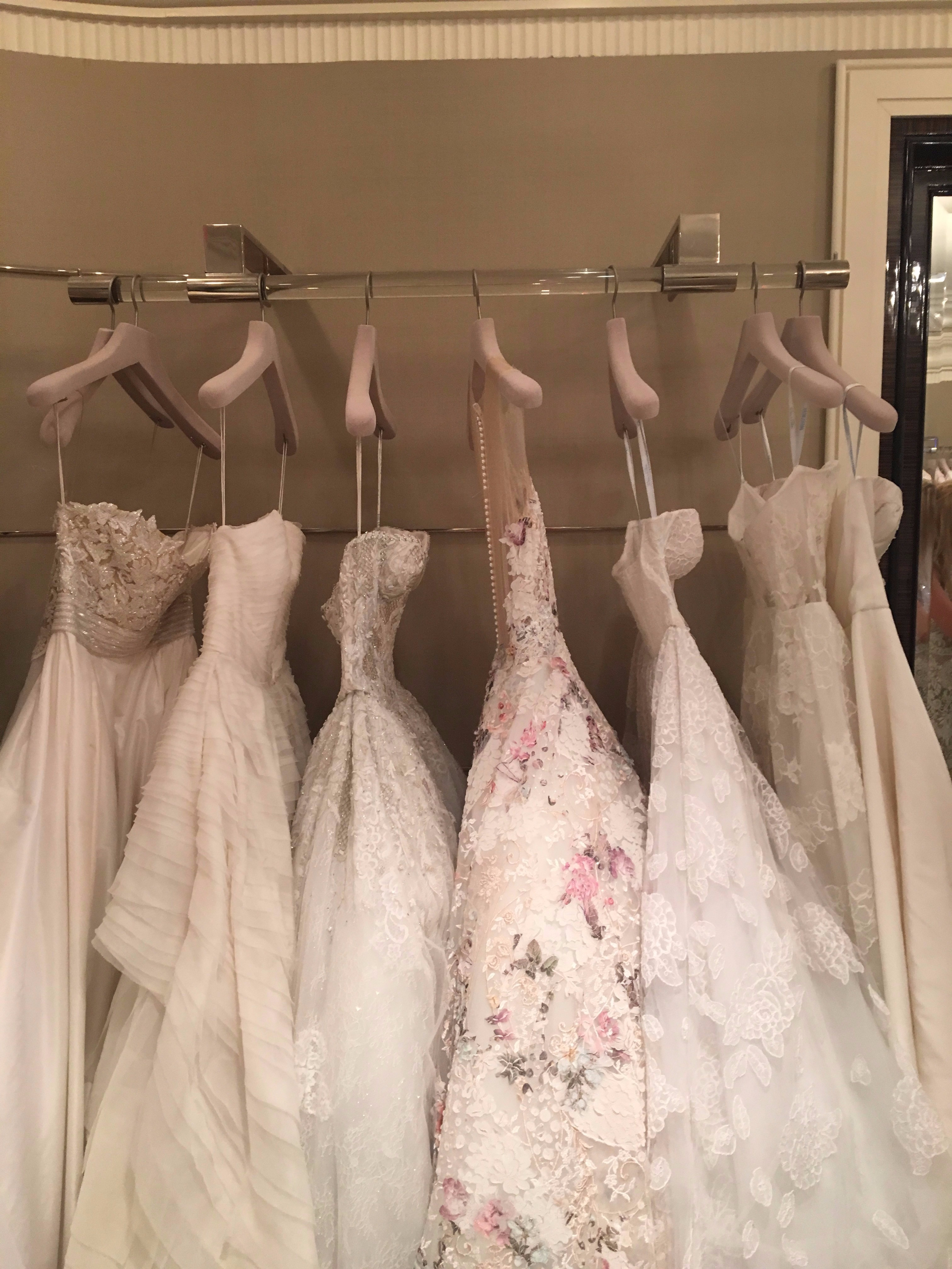 wedding dress shopping courtney davis it girl weddings