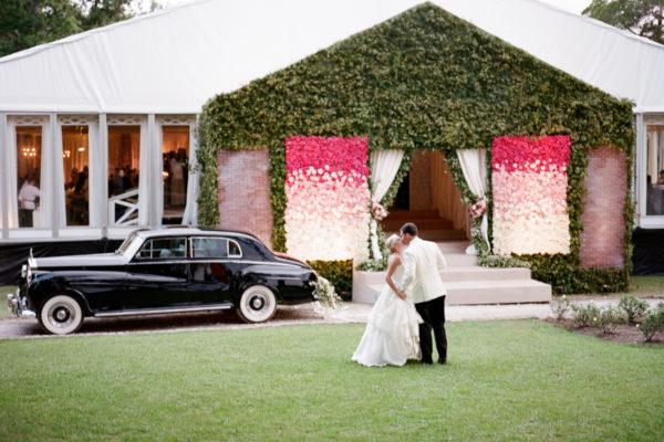 A MODERN TWIST ON A TRADITIONAL WEDDING