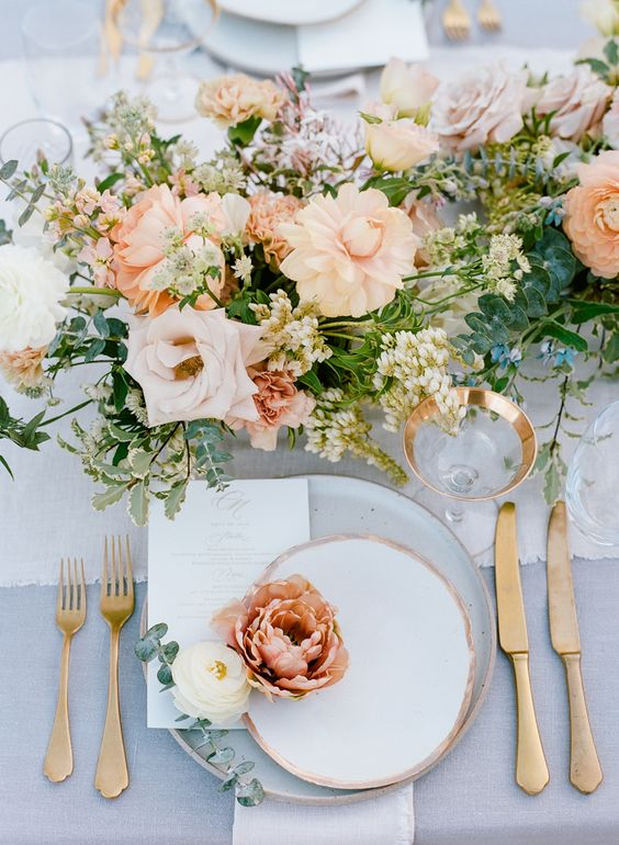 How To Pick Your Wedding Colors It Girl Weddings