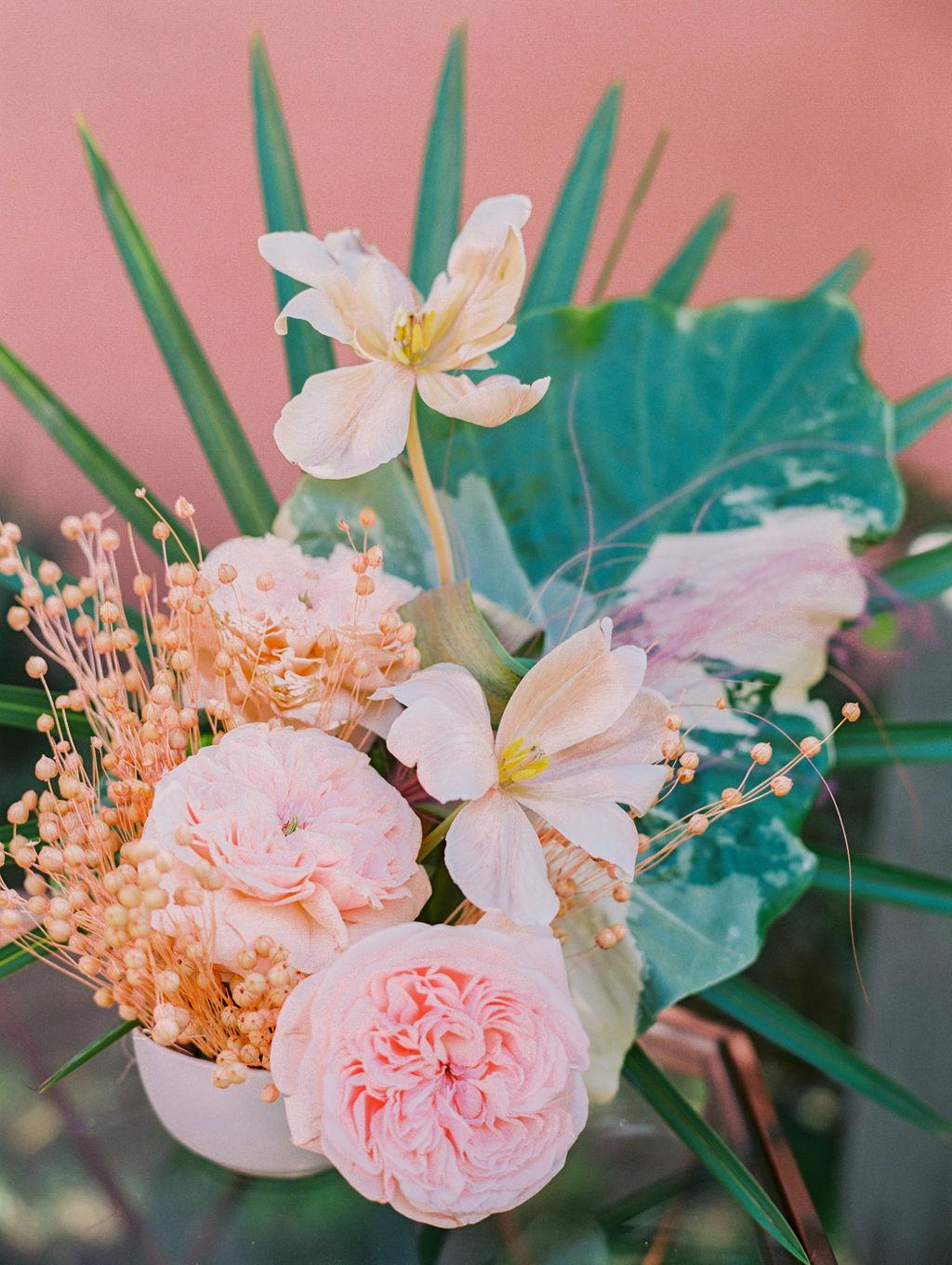 tropical wedding flowers https://itgirlweddings.com/styled-shoot-with-pink-tropical-wedding-vibes/